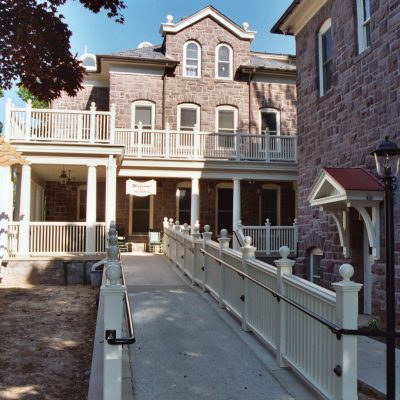 friends-home-pa-lezenby-architects-llc_3799233140_o